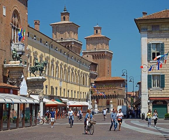 Foto di Ferrara, città di residenza della vittima