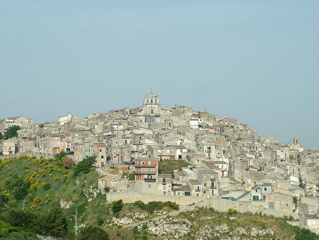 Uno scorcio panoramico di Mussomeli in provincia di Caltanissetta