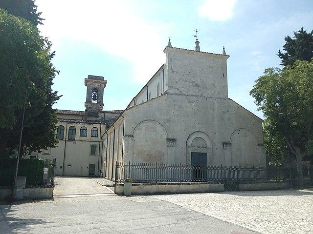 La basilica concattedrale di San Pelino a Corfinio in provincia de L'Aquila dove si sono svolti i funerali di Maria Pia Reale