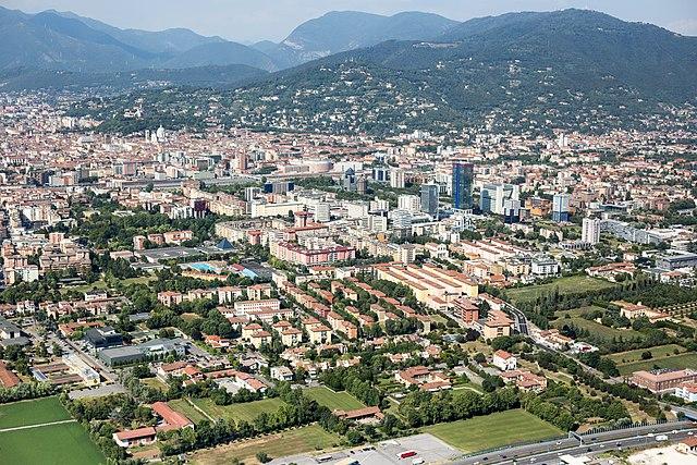 Panorama dall'alto della città di Brescia