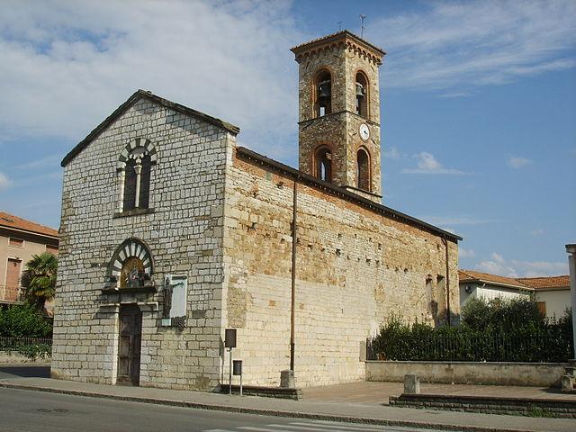 Foto della Chiesa di San Pietro a Galciana di Prato dove si sono svolti i funerali di Elisa Amato