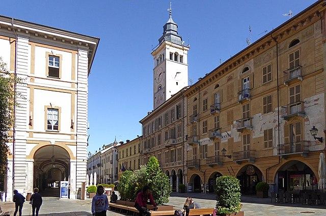 Foto della Torre Civica di Cuneo