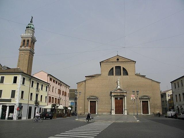 Il Duomo di Adria, Cattedrale dei Santi Pietro e Paolo, dove sono stati celebrati i funerali di Giulia Lazzari