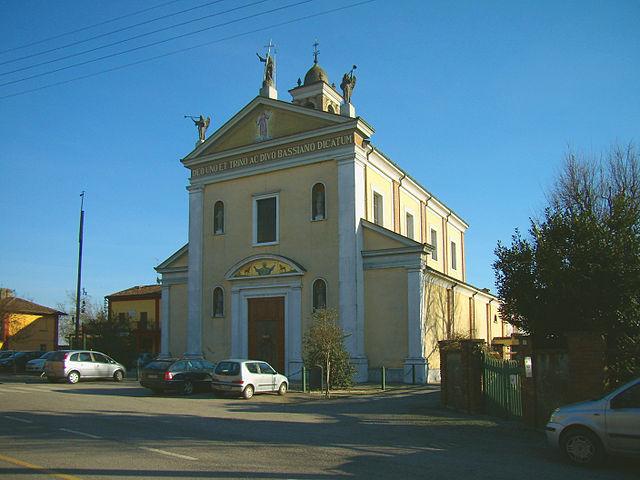 Foto della Chiesa della Santissima Trinità e San Bassiano Vescovo a Gradella, frazione di Pandino in provincia di Cremona, dove si sono svolti i funerali di Morena Designati