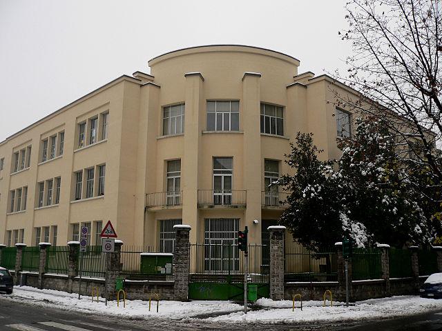 Foto dell'Istituto Galli Breda di Sesto San Giovanni, a pochi passi dal luogo del delitto