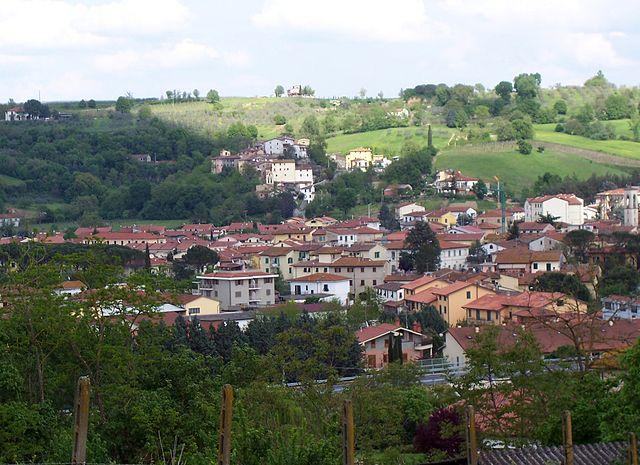 Uno scorcio panoramico di Levane, frazione di Bucine in provincia di Arezzo