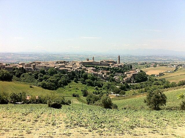 Uno scorcio panoramico di Morrovalle in provincia di Macerata