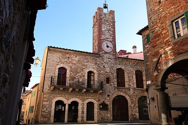 Foto del Palazzo Comunale di Monterotondo Marittimo in provincia di Grosseto