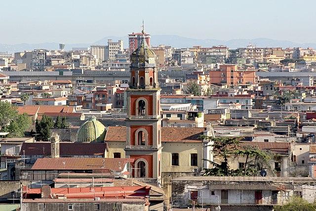 Uno scorcio panoramico dall'alto di Arzano in provincia di Napoli
