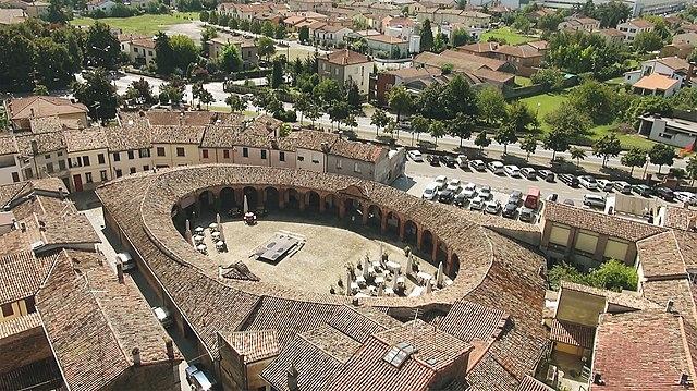 Foto di Piazza Nuova a Bagnacavallo in provincia di Ravenna