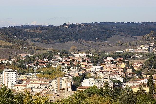Panorama dall'alto di Poggibonsi in Valdelsa