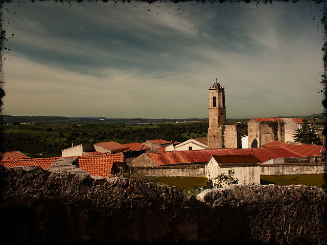 Panoramica serale dall'alto di Uri (Sassari), paese originario di Speranza Ponti