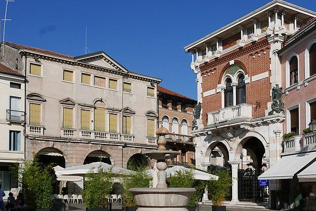 Foto di Thiene, città della provincia di Vicenza confinante con Marano Vicentino, dove Anna Filomena Barretta lavorava come cassiera al centro commerciale della zona