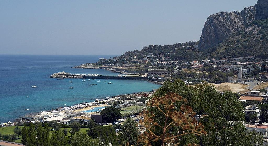 Panorama dell'Addaura, borgo marinaro e frazione della città di Palermo