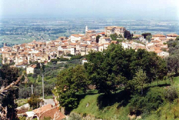 Uno scorcio dall'alto del centro storico di Altavilla Silentina in provincia di Salerno