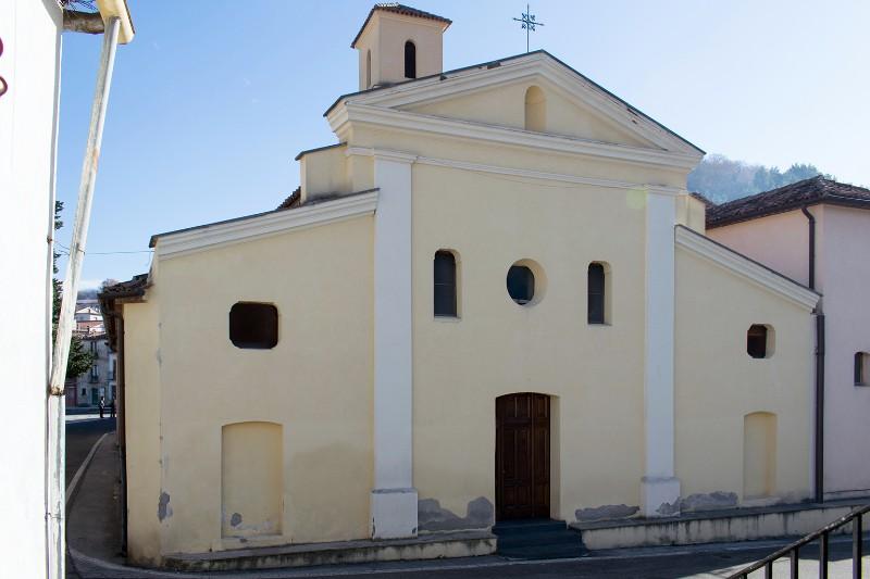 Foto della Chiesa dell'Assunzione della Beata Vergine Maria a Cersosimo dove sono stati celebrati i funerali di Angela Ferrara