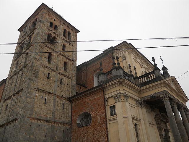 Uno scorcio della Chiesa di Santa Maria Assunta, parte dell'Abbazia Fruttuaria, il monumento più importante di San Benigno Canavese in provincia di Torino