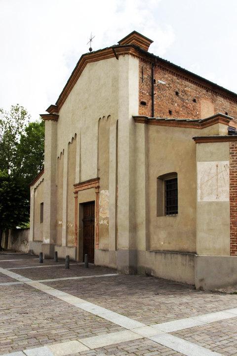 Foto della Chiesa di San Donato a Frossasco in provincia di Torino dove si sono svolti i funerali di Barbara Gargano e i suoi due gemelli