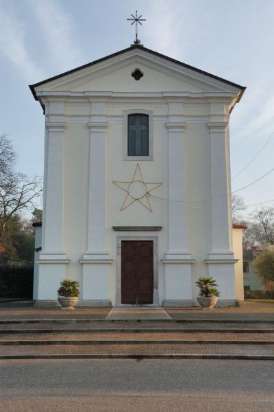 Foto della Chiesa dei Santi Filippo e Giacomo Apostoli a Villanova del Judrio dove sono stati celebrati i funerali di Tatiana Tulissi