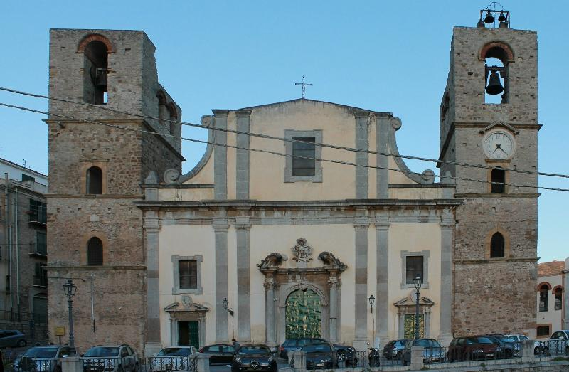Foto della Chiesa della Santissima Annunziata a Caccamo dove sono stati celebrati i funerali di Roberta Siragusa