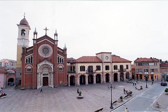 Piazza Umberto I a Orbassano in provincia di Torino