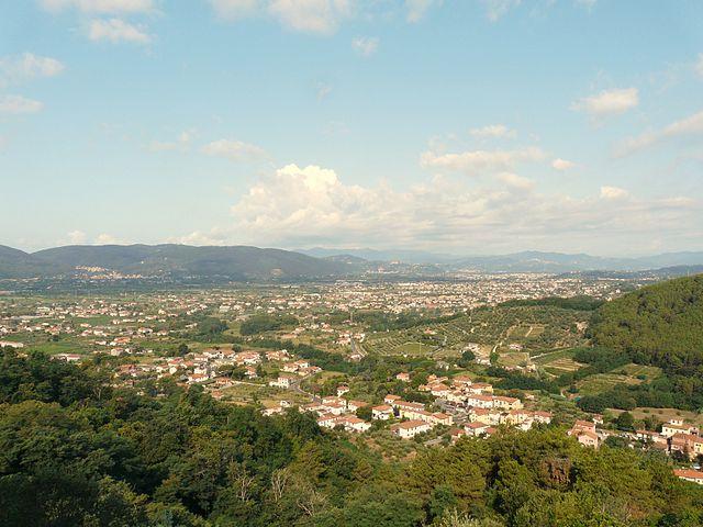 Panorama dall'alto di Sarzana in provincia di La Spezia